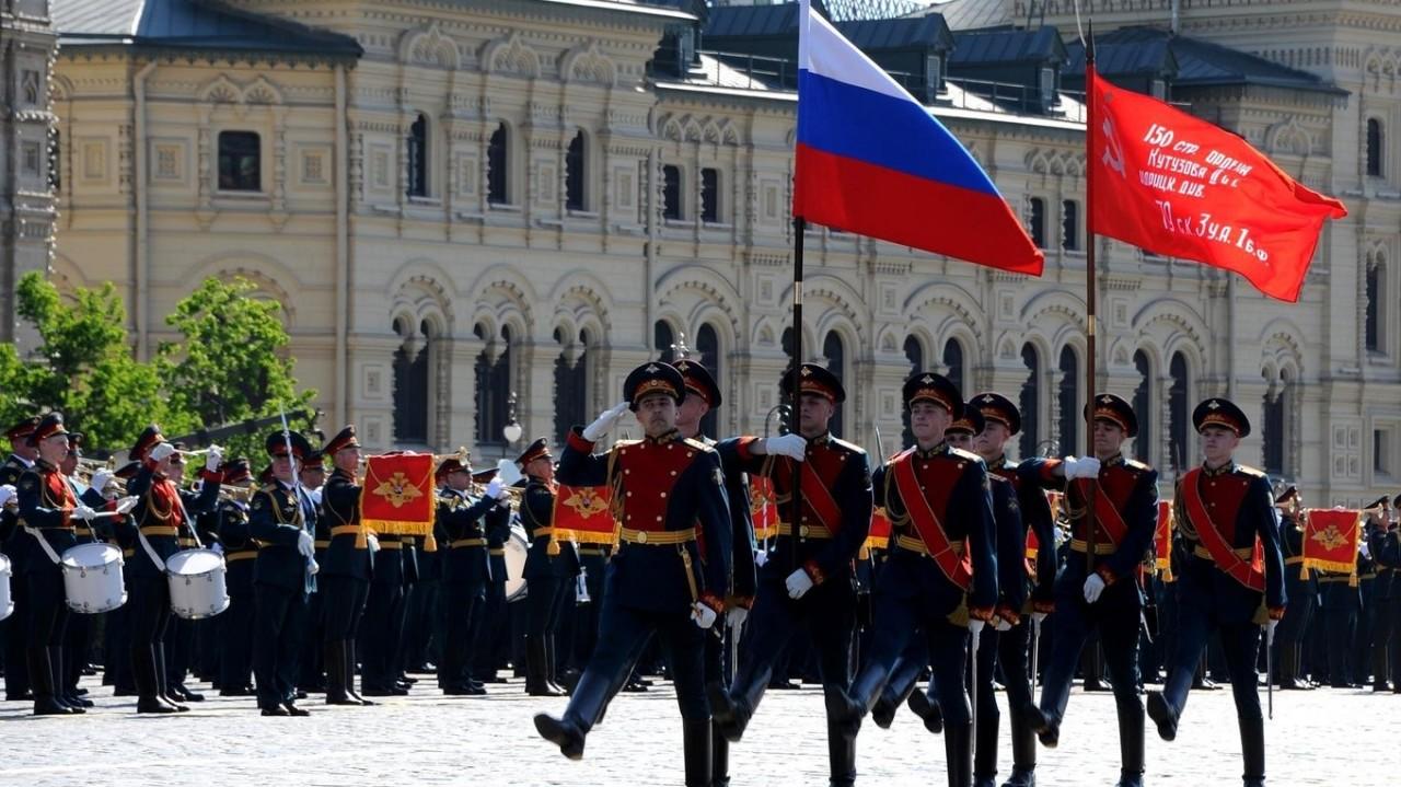 Украинцы выбрали Парад Победы в Москве вместо «Евровидения» в Киеве