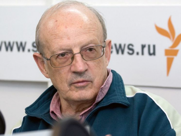 Русофоб Пионтковский: Россия отдаст Китаю Дальний Восток и Сибирь