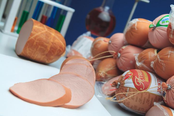 «Росконтроль» рассказал о недопустимом качестве вареных колбас в России