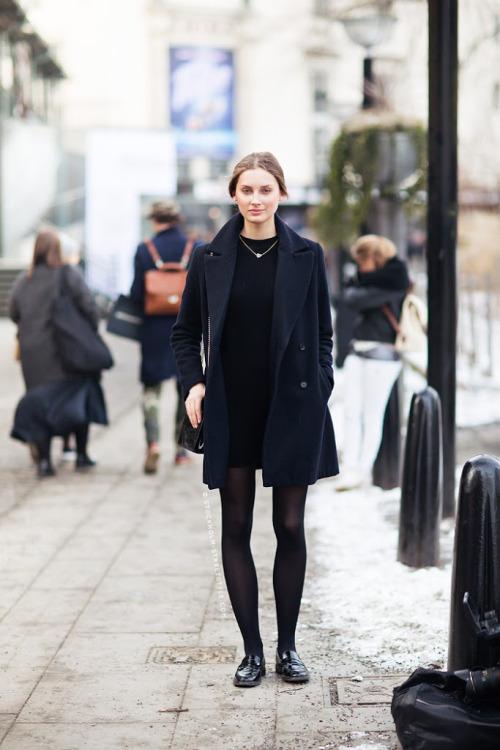 Маленькое черное платье. Парижски стиль. Базовый гардероб. LBD, little black dress. parisian style.