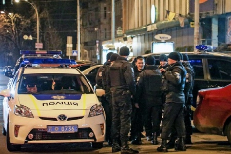 Лихие 90-е: В Киеве в упор расстреляли машину