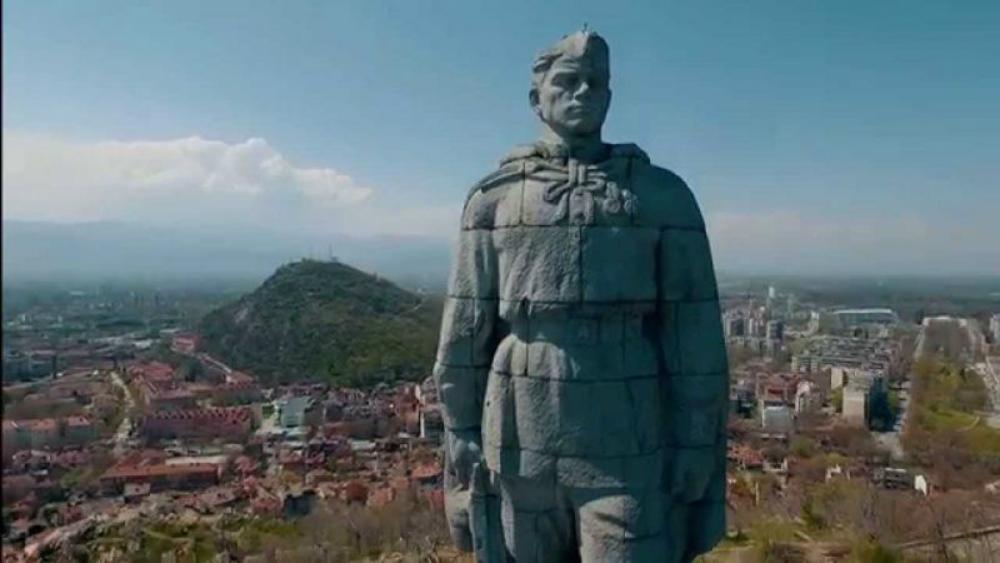 Россия отправила в Софию ноту протеста в связи с осквернением вандалами легендарного памятника советскому солдату «Алеша»