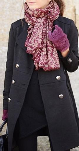Удобно, практично и элегантно — 7 способов носить черное пальто