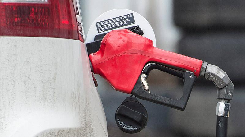 И это не предел: Бензин в регионах подорожал до 50 рублей