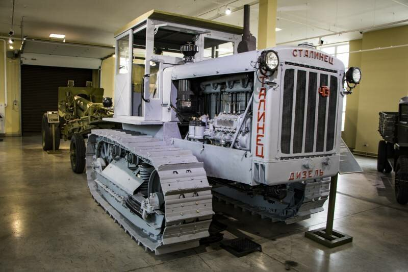 Трактор С-65 «Сталинец»
