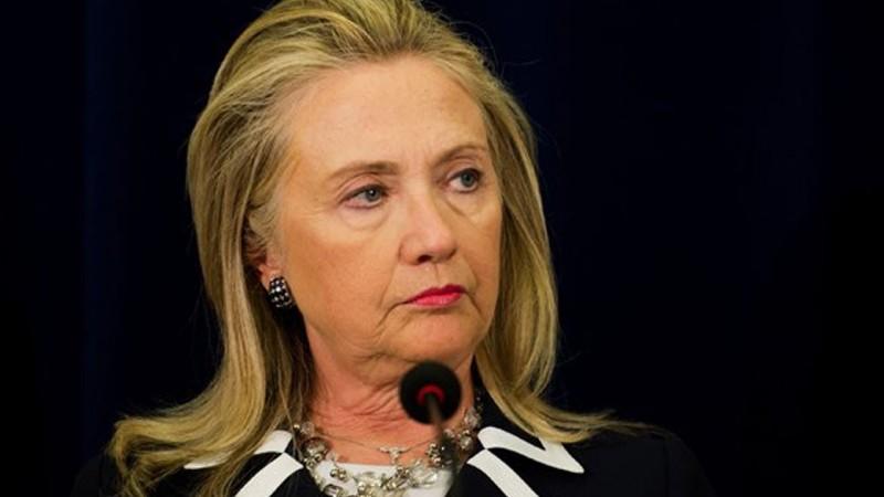 Клинтон толкает США к гражданской войне