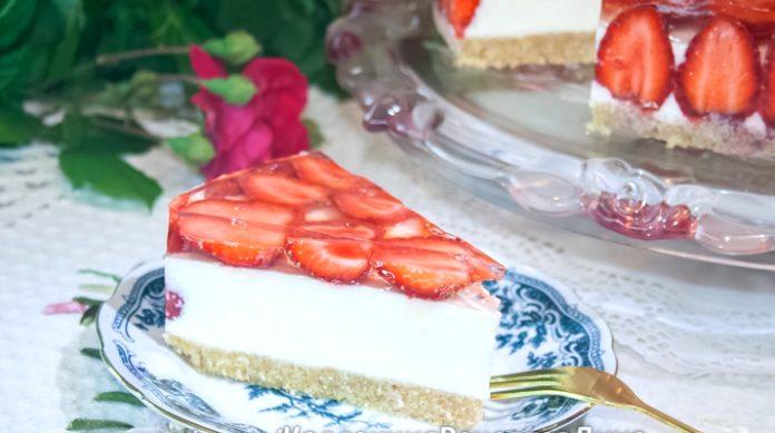 Торт без выпечки клубника сливки