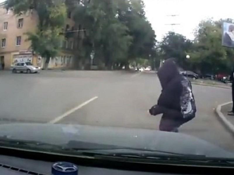 """Москву захлестнули пешеходные автоподставы на """"зебрах"""""""