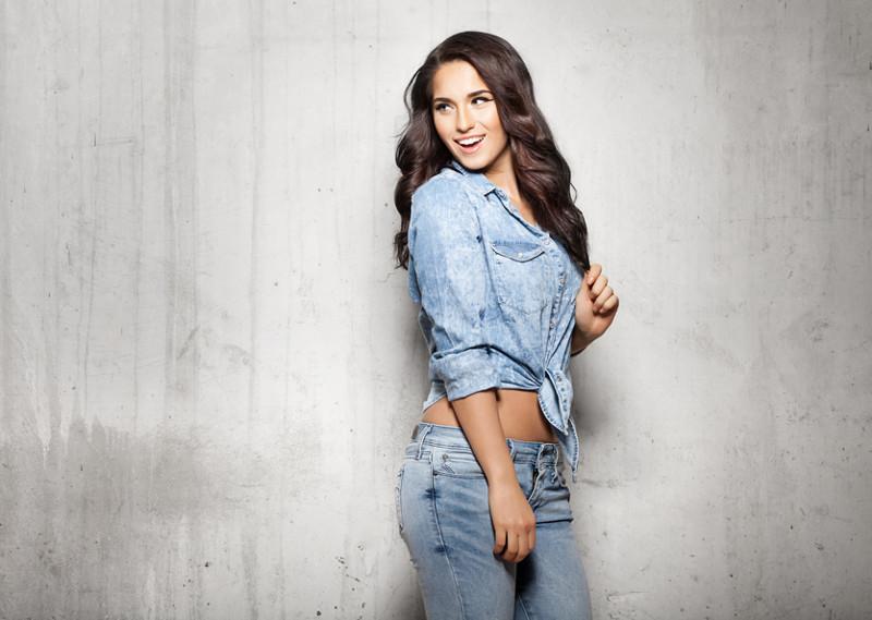 11 причин, почему джинсы – лучшая шмотка в гардеробе девушки