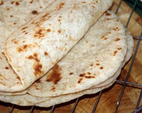 Восточные гренки из лаваша: быстрая закуска, которая так и тает во рту!