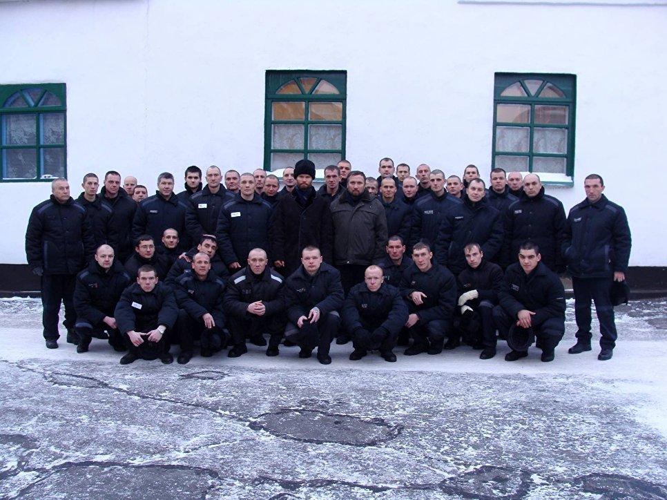 мужское зимнее тюрьма город владимр пятерка для повседневной носки