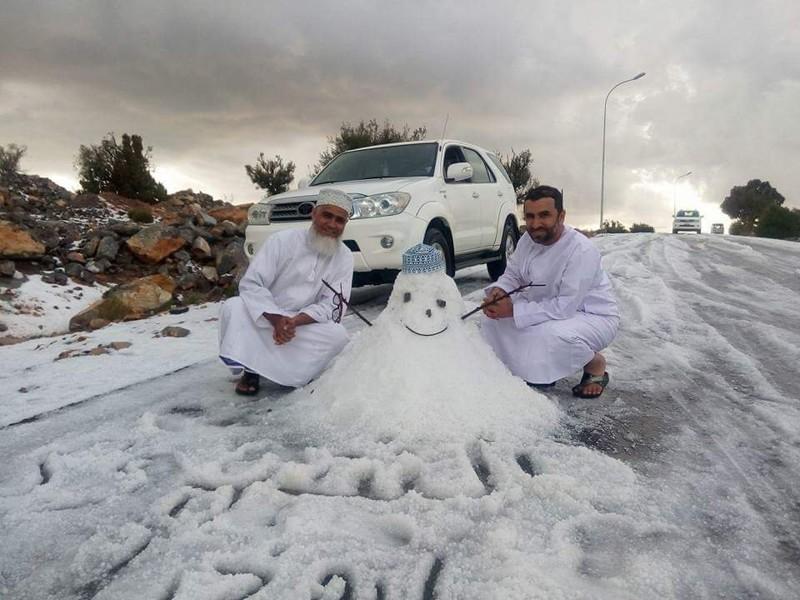 Радуются снегу как дети зима, мир, снег, юмор