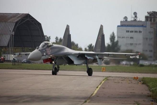 NI: шансы американского F-35 в бою с российским Су-35 минимальны