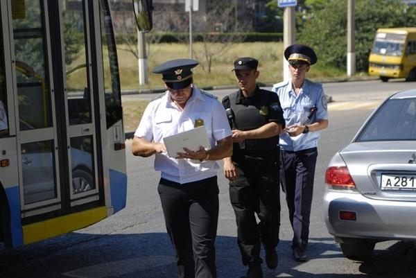 Прокуратура признала рейды ГИБДД и приставов незаконными. Астраханские силовики об этом не знают?