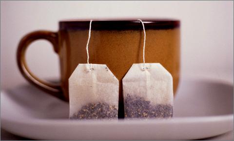 25 советов, как повторно использовать чайные пакетики