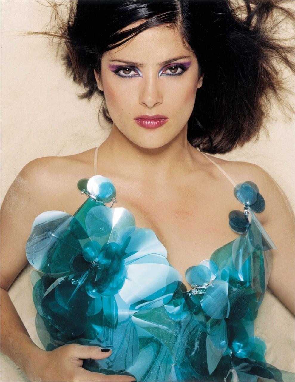 Сальма Хайек  в фотосессии для журнала Flaunt март 2000