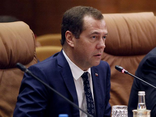 Медведев отказался строить в России цифровой «колхоз»
