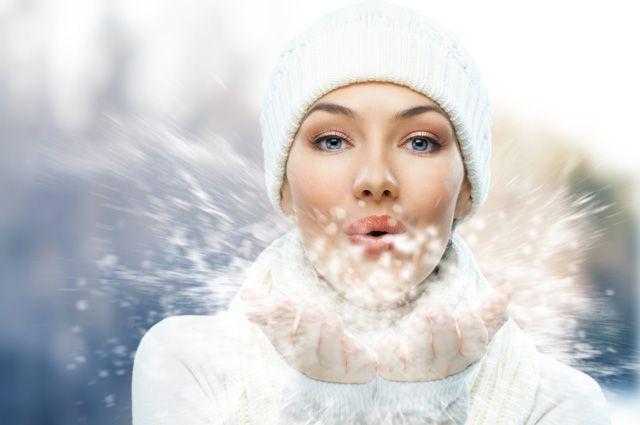 Нужны как воздух. 5 средств, которые должны быть в вашей косметичке зимой