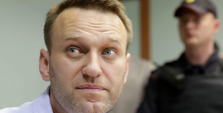 Навальный толкает несовершеннолетних на преступление