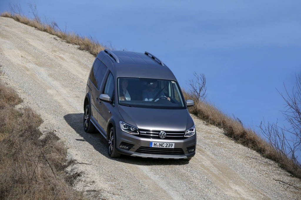 Volkswagen Caddy_2.jpg