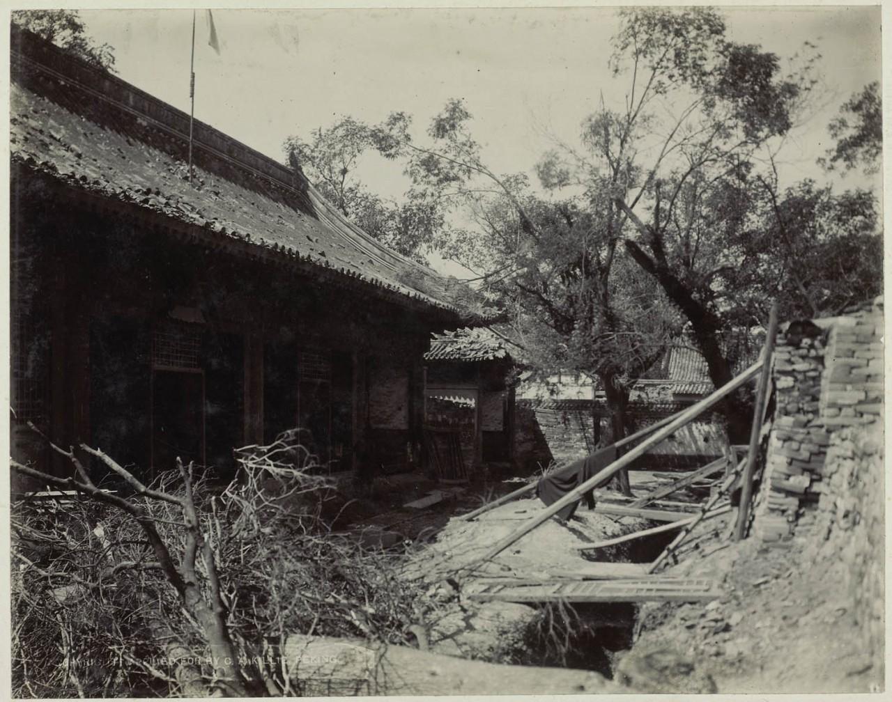 Ихэтуаньское восстание (Боксерское восстание) в Китае.