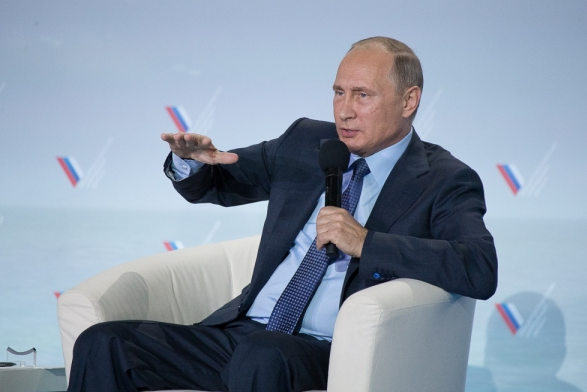Путин: Организаторы блокады Крыма - удивительные идиоты
