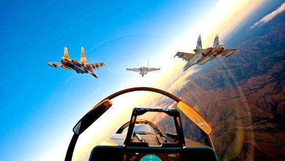 ВКС России запретили коалиции США летать над Сирией