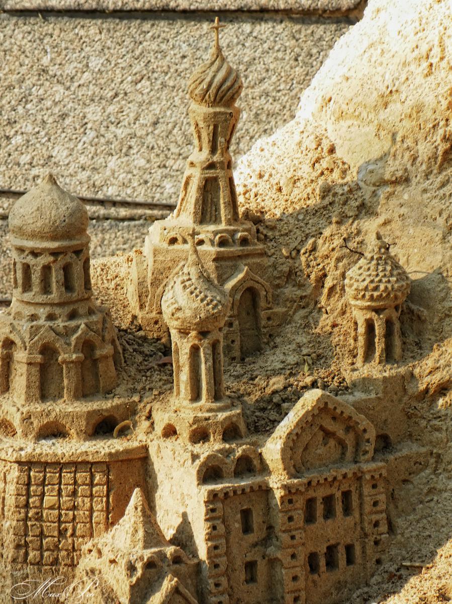 """Международный фестиваль песчаных скульптур """"Шедевры мировой культуры""""."""