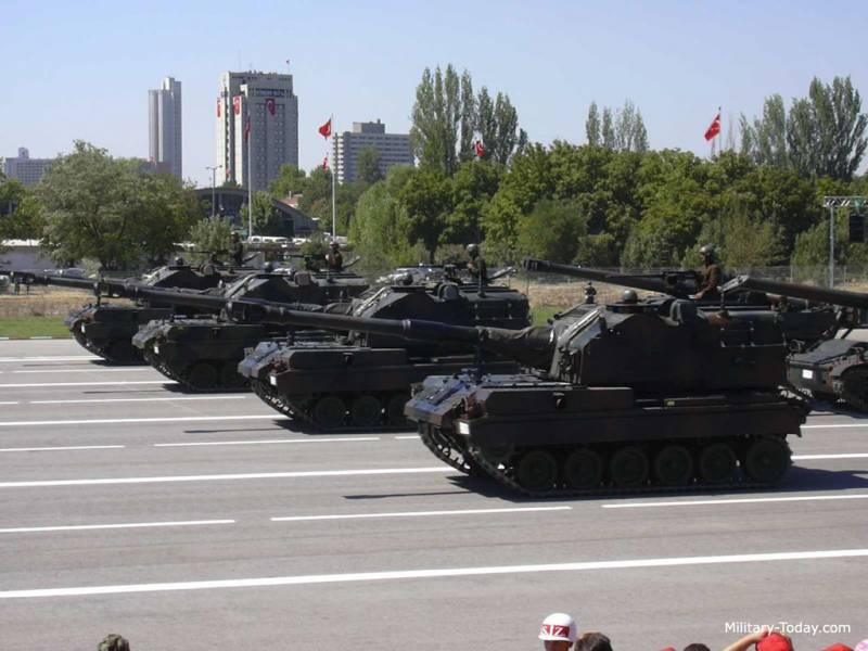 Самоходная артиллерийская установка M52T (США / Турция / Германия)