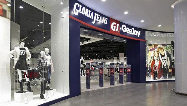 В Киеве открытие российского магазина одежды закончилось дракой