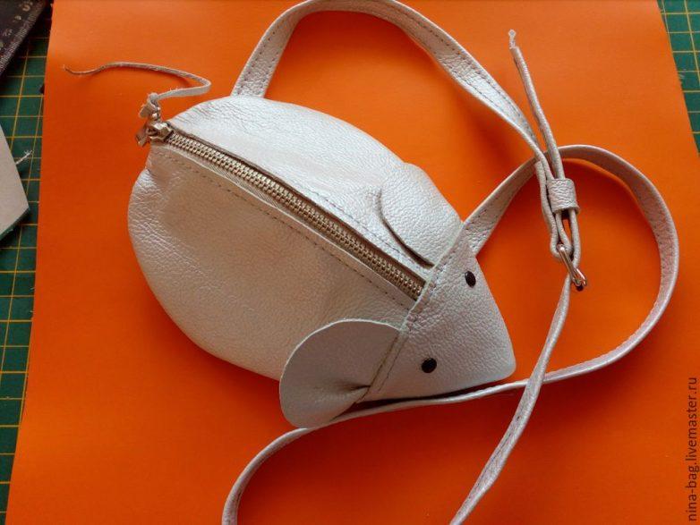 Кожаная сумочка-мышь для маленькой модницы