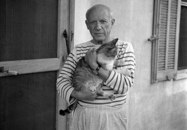 Лежащая обнажённая с кошкой. 1964