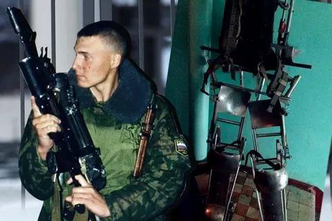 Спецназовца, который воевал с коллекторами в экзоскелете, освободили