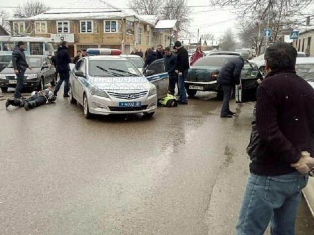 Оперативники ФСБ разбили лица пятигорским «гаишникам»