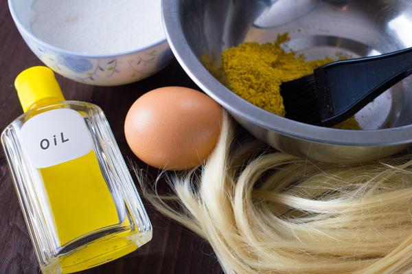 Горчичная маска улучшит кровообращение, поможет укрепить кутикулу и стимулирует рост волос