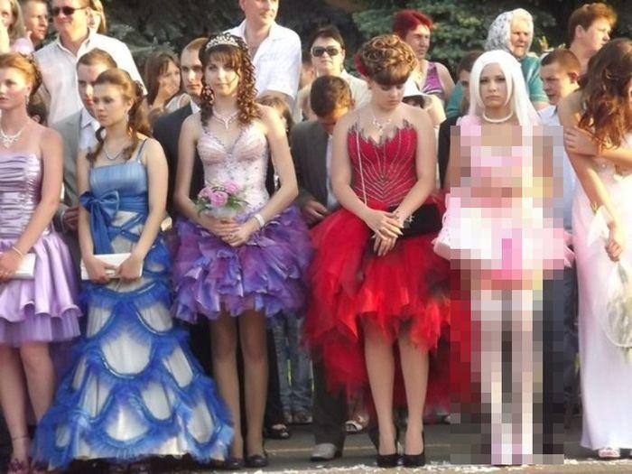 В мое время таких платьев на