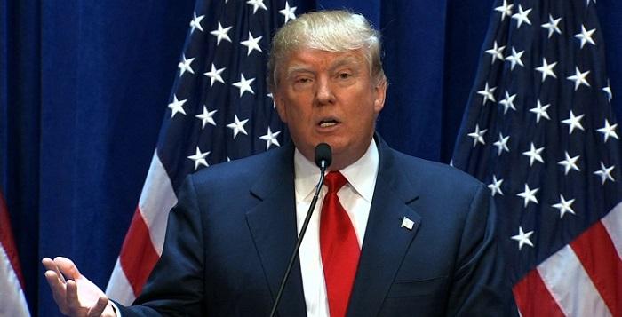 """""""Что происходит?"""": Трамп возмущен обвинениями разведки США в адрес России"""