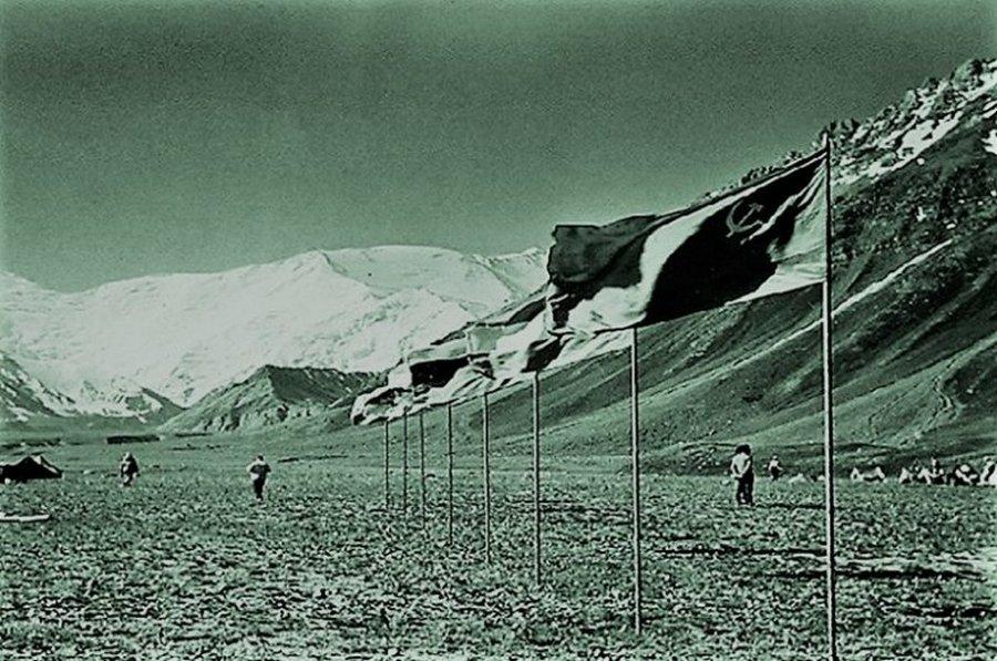Трагедия на Памире: 15 лет после гибели Игоря Дятлова