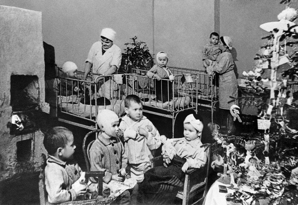 Елка 1942 года