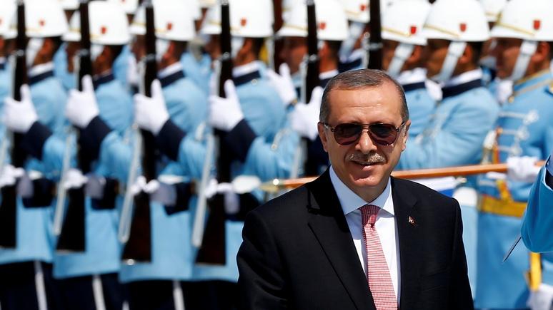 """Times: Турция заменяет """"прозападных"""" офицеров """"пророссийскими"""""""