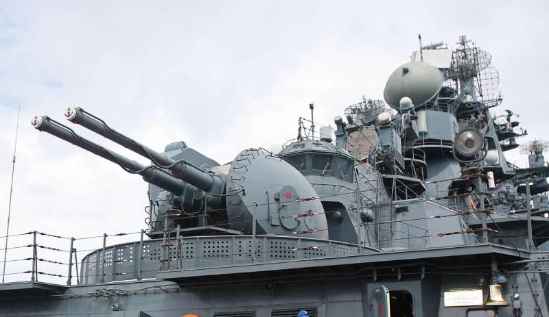 «Петр Великий» и «Адмирал Ушаков» отразили ракетную атаку «противника»