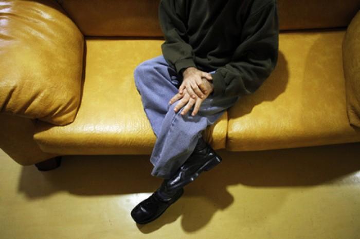 Смерть петербуржца после падения с дивана и другие смерти, вызывающие недоумение