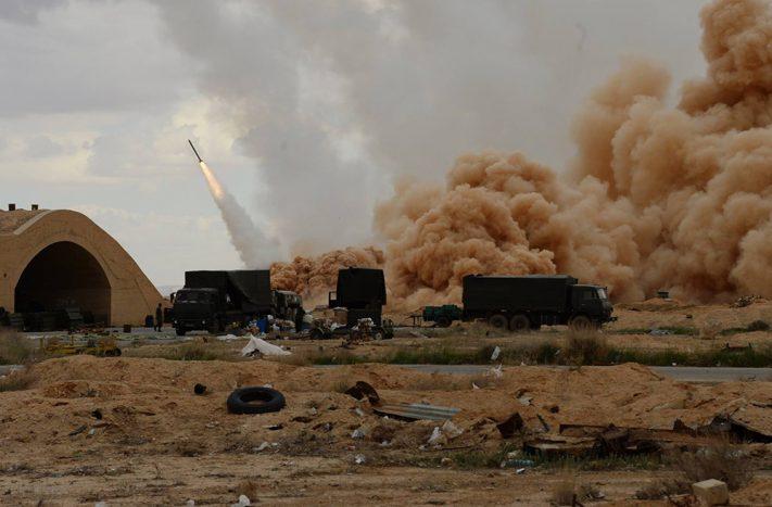 Огненный шторм: Вертолёты ВКС России и РСЗО смешали боевиков с песком (видео)