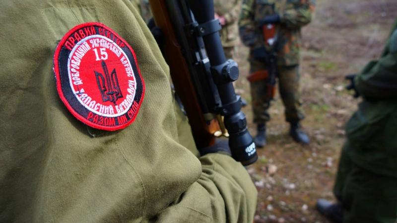 СБУ угрожает родным военнослужащего ЛНР расправой националистов