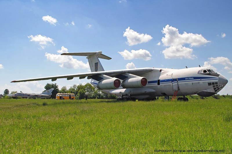 IL-76 N76777-029