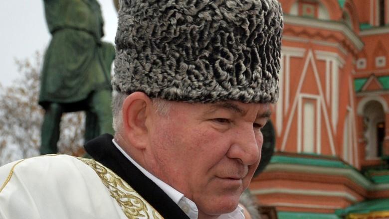 Муфтий Северного Кавказа выступил за обрезание всех женщин