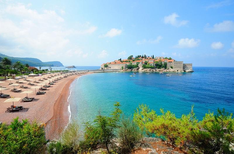 Остров-отель Свети-Стефан. Пляж. Фото