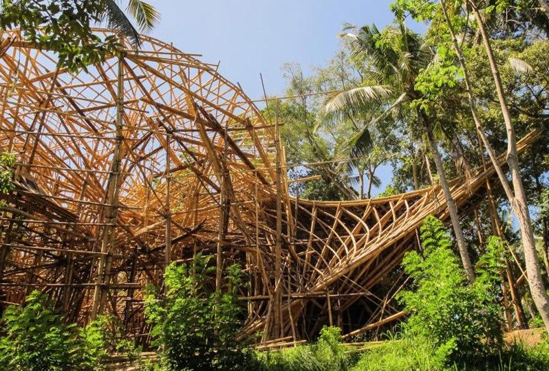 Архитектурные строения из бамбука