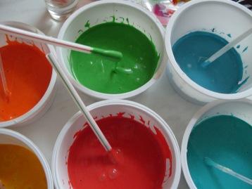 Как изготовить краски в домашних условиях
