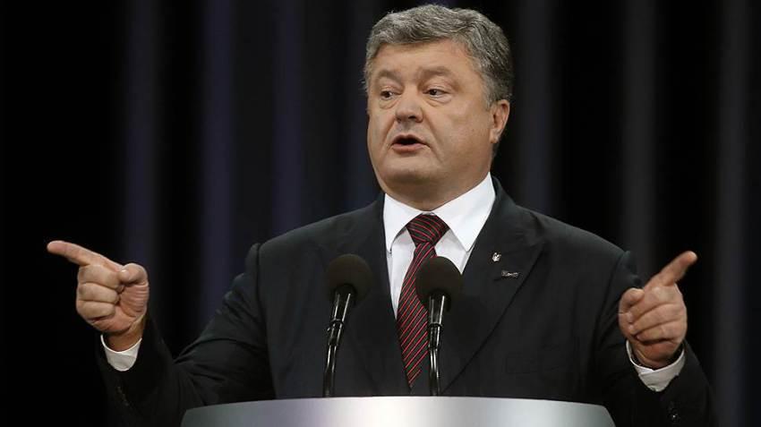 Как Моська на слона: Порошенко пригрозил России усилением санкций